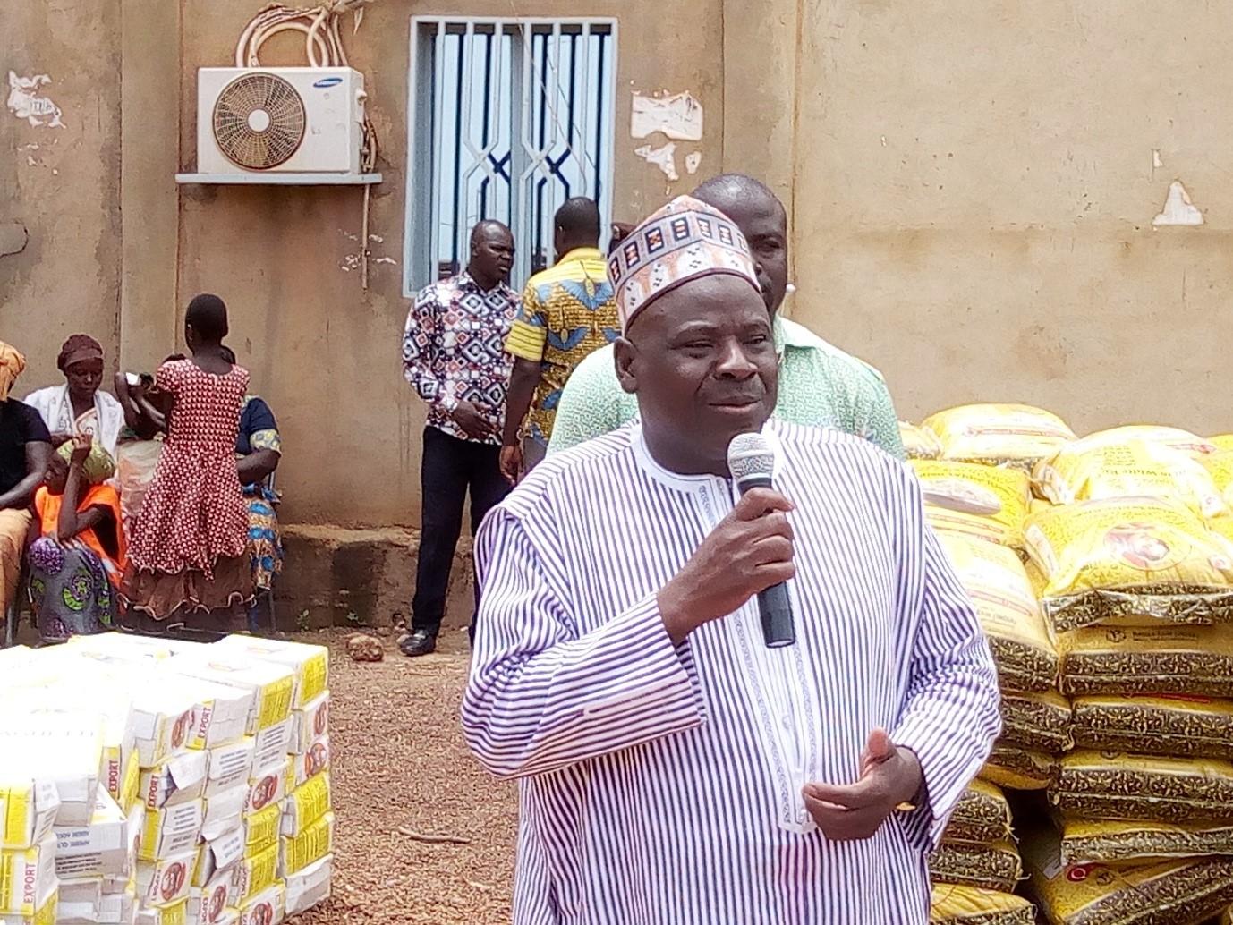 SOLIDARITÉ : Amidou Ouédraogo fait parler son cœur à l'arrondissement 6