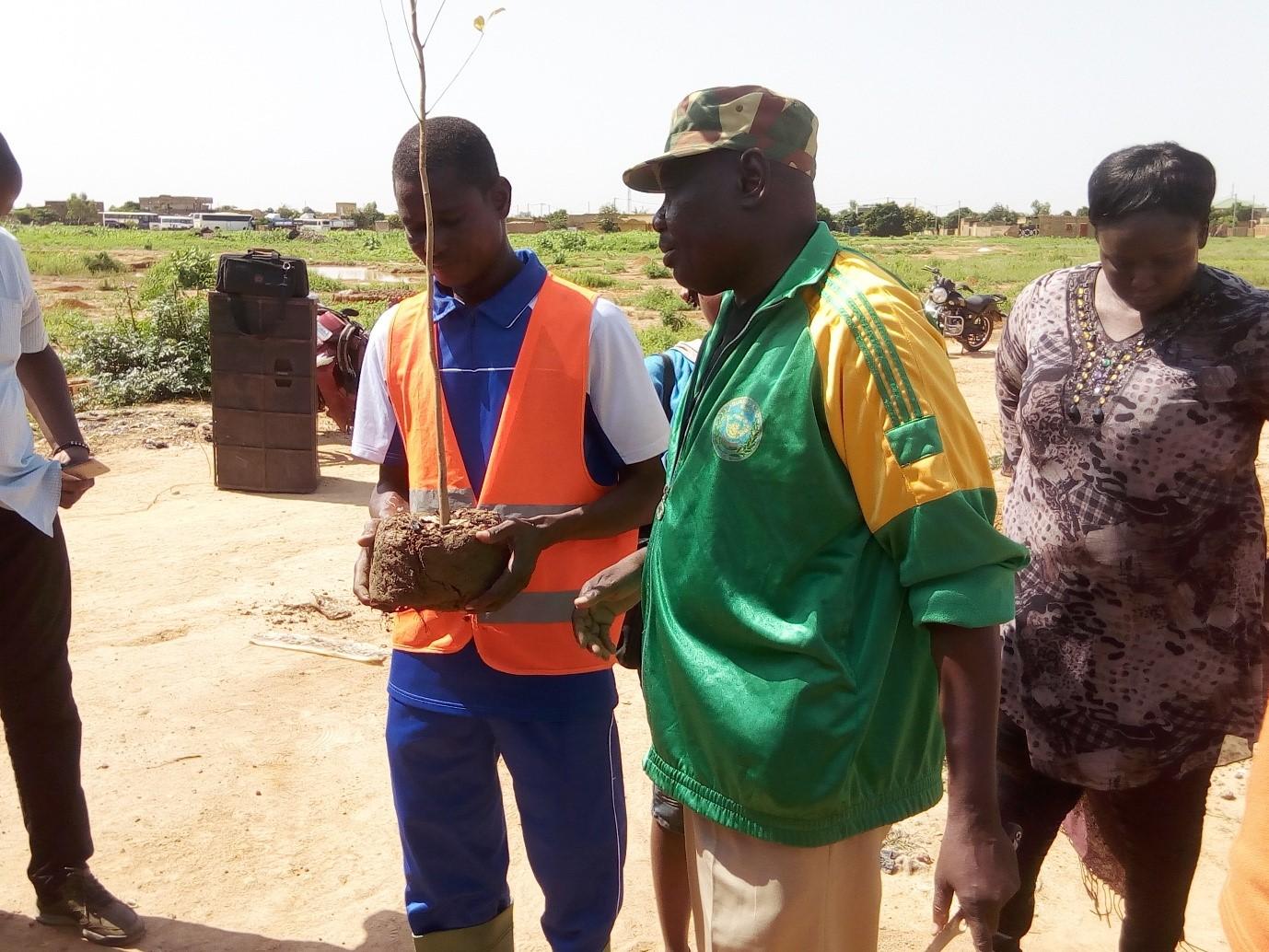CAMPAGNE DE REFORESTATION : Pascal Roamba tire à boulets rouges sur les mauvais reboisements
