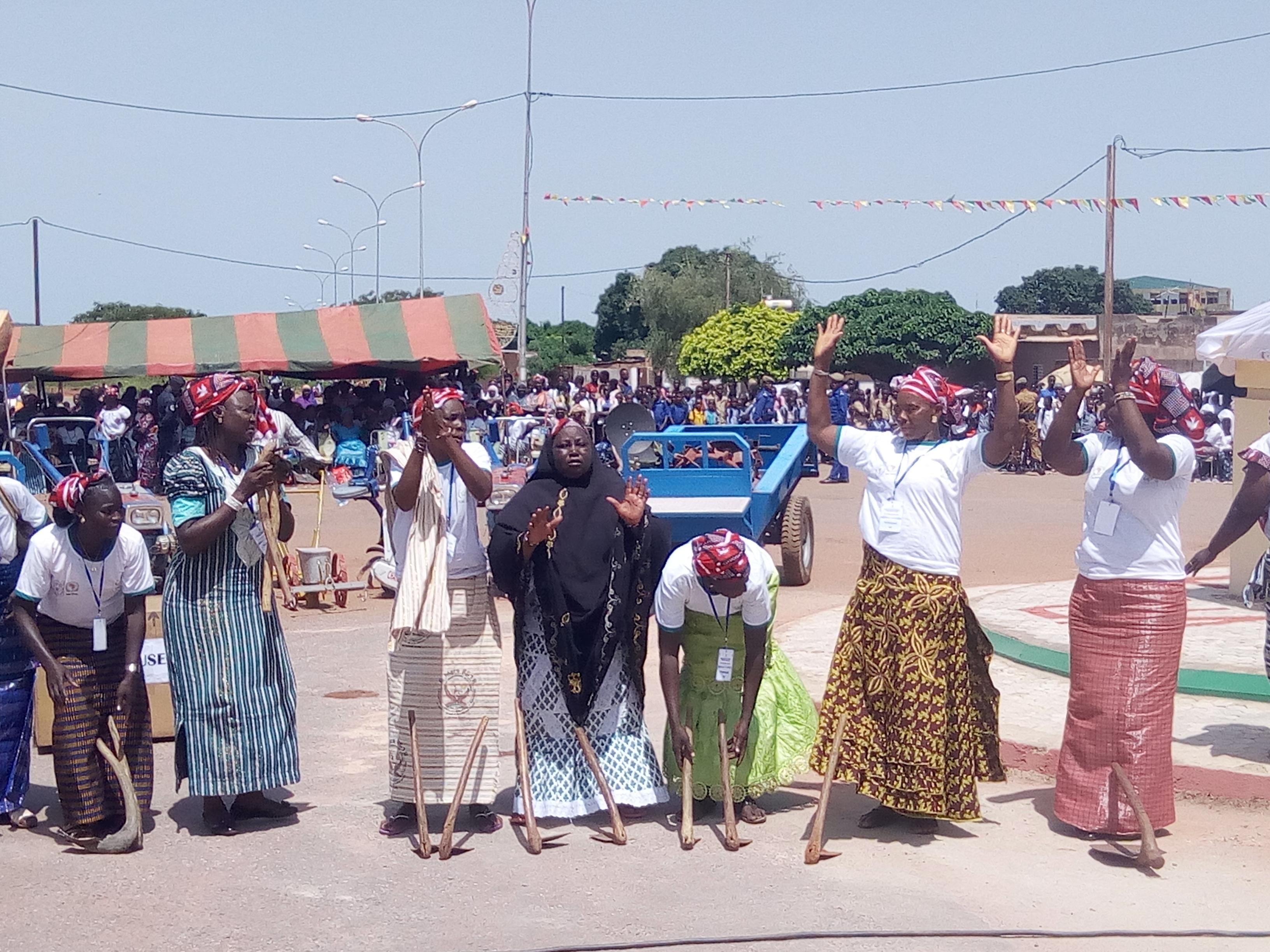 MECANISATION DE L'AGRICULTURE AFRICAINE : Les femmes souhaitent bonne retraite à la houe manuelle