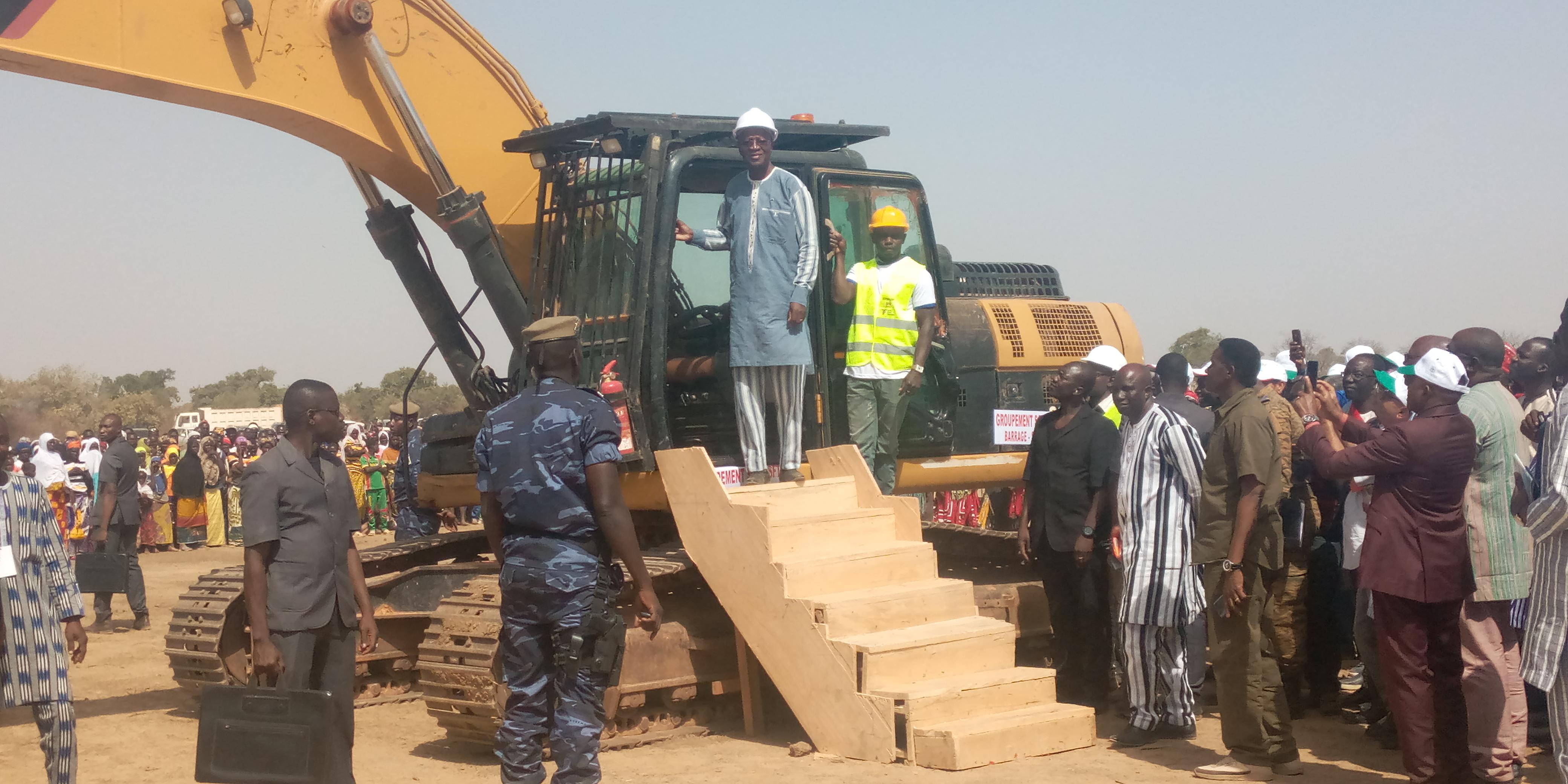 Barrage de Sanghin : les travaux de construction officiellement lancés par le premier ministre, Christophe Joseph Marie Dabiré