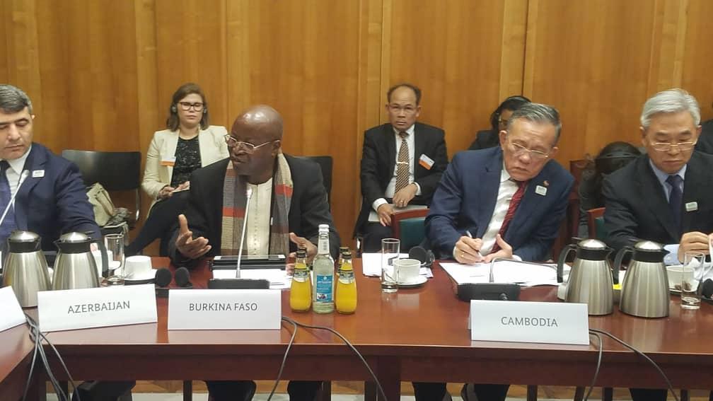 Forum Mondial pour l'Alimentation et l'Agriculture : Le commerce, vecteur de sécurité        alimentaire et nutritionnelle