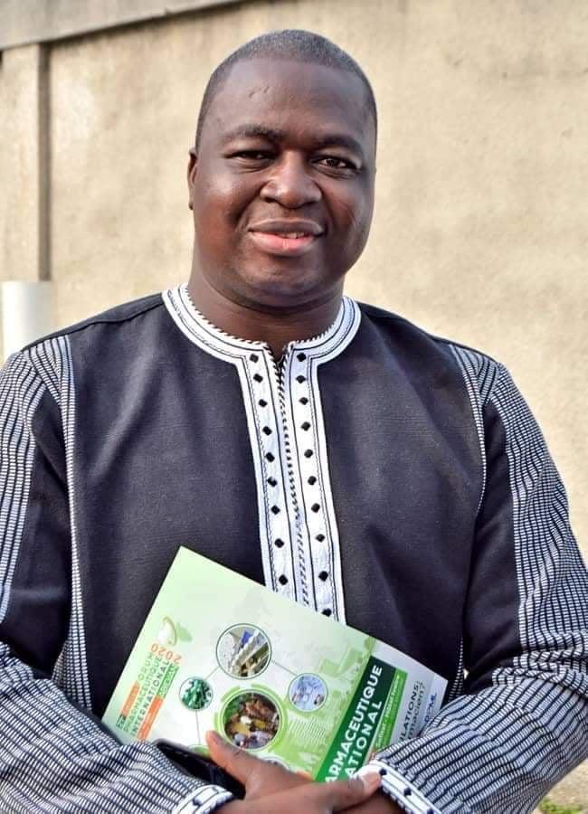 « Le Métier de Pharmacien est méconnu » : Dr Tiendrebeogo président du Syndicat des Pharmaciens du Burkina