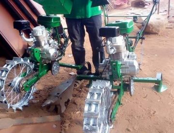 Agriculture : La soudure dans l'âme, Diagniagou Mano invente un motoculteur manuel