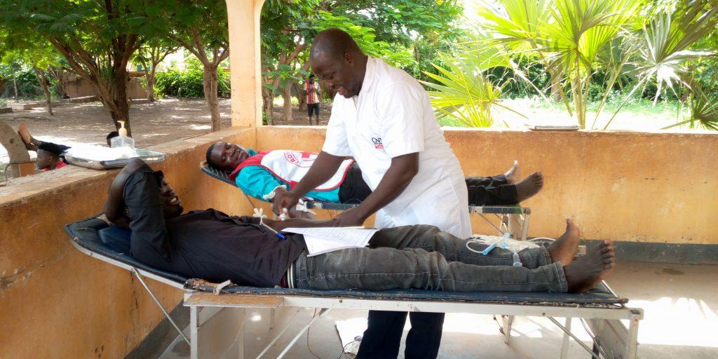 Burkina Faso: Les volontaires de la Croix-Rouge Burkinabè font don de leur sang